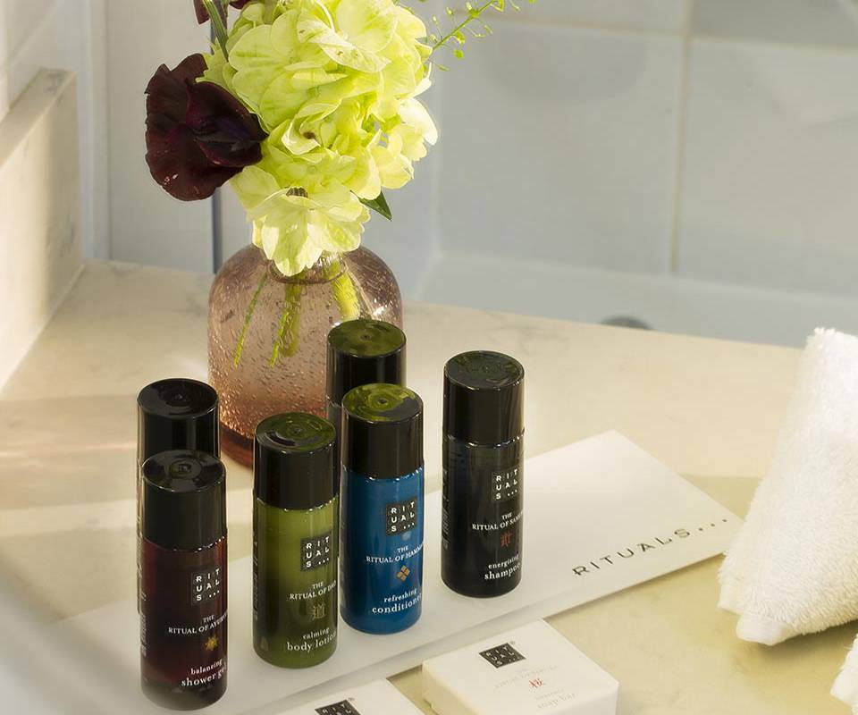 Welcome products Relais Madeleine Hotel Paris city-center