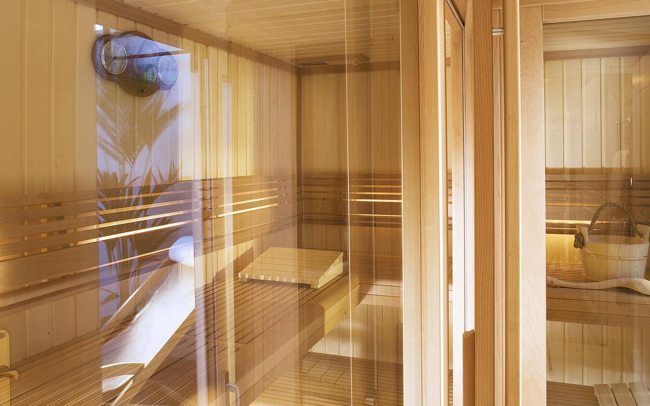 Sauna relaxing stay Relais Madeleine