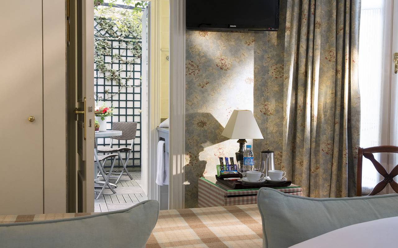 Charming hotel offer in Paris Relais Madeleine
