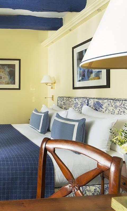 Chambre à Montmartre hôtel 4 étoiles Relais Madeleine
