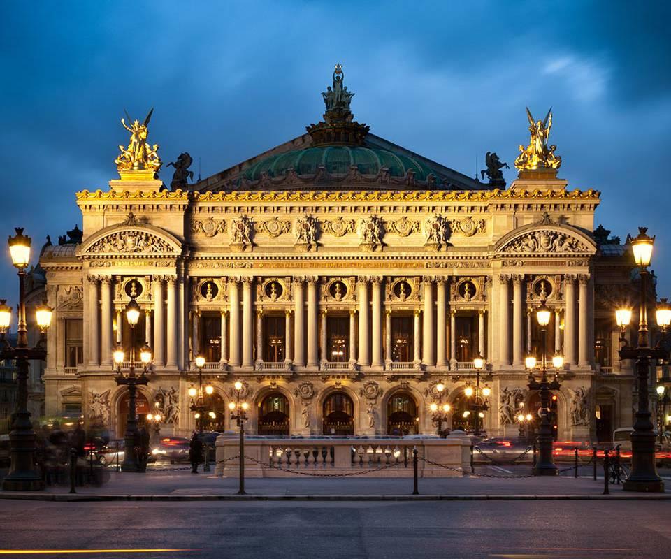 Monument Parisien hôtel Paris Madeleine
