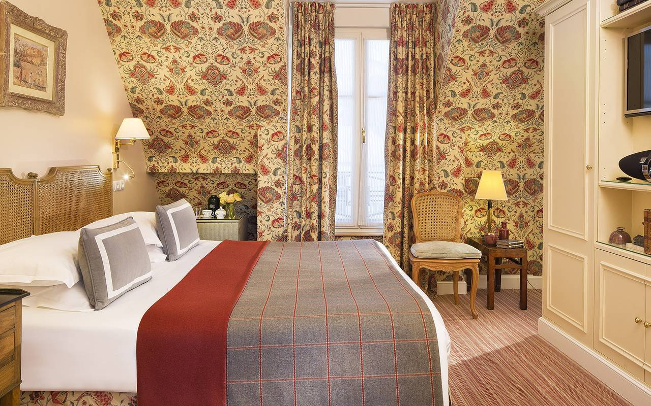 Chambre Parisienne hôtel luxe Madeleine