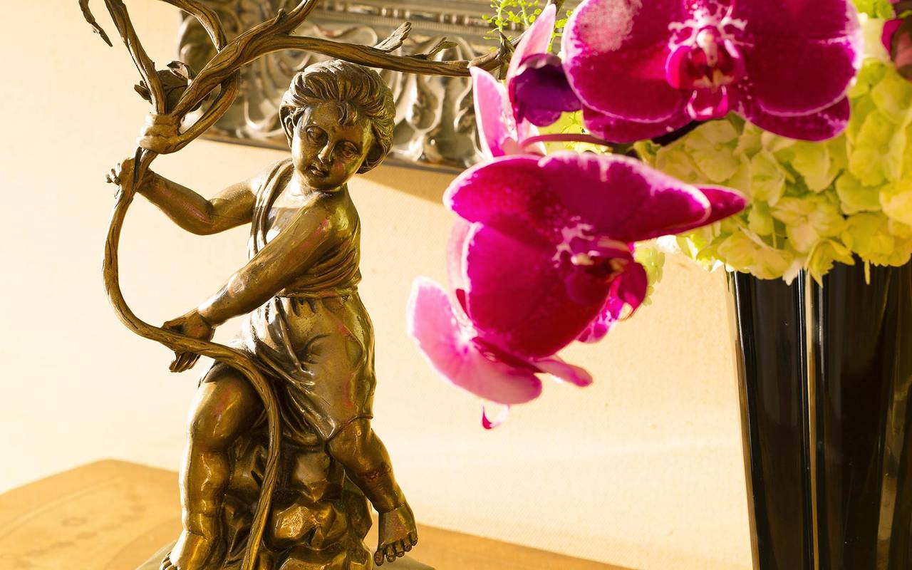 Statue Relais Madeleine hôtel de charme